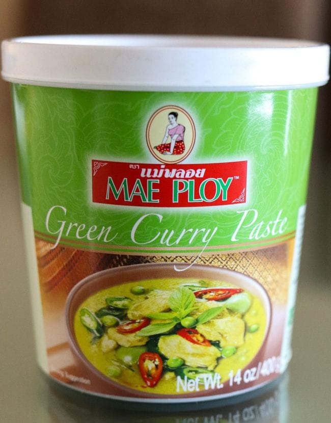 14oz jar of Mae Ploy's Green Curry Paste.